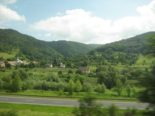 プラハへの電車からの眺め_9.JPG