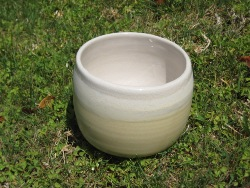 mug yellow(outside)&shino(inside)(s).jpg